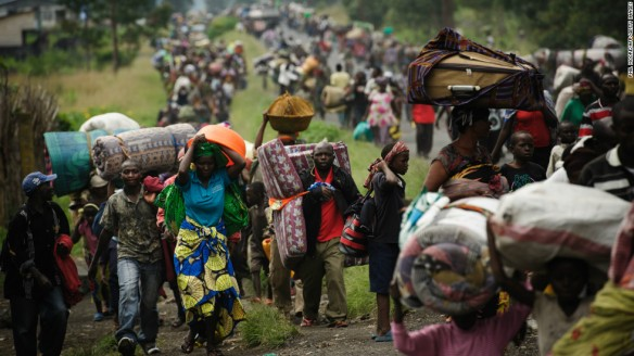 121123110824-congo-crowds-fleeing-horizontal-large-gallery